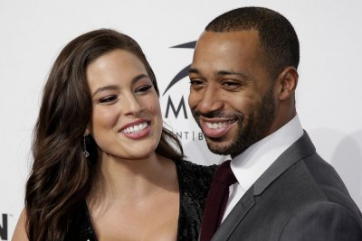 Ashley Graham celebrates 8th wedding anniversary on Instagram