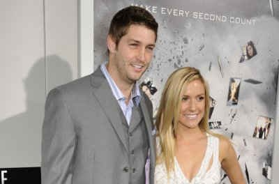 Jay Cutler wishes Kristin Cavallari a happy Mother's Day after split