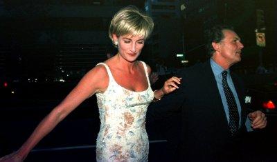 Diana's sister testifies at inquest