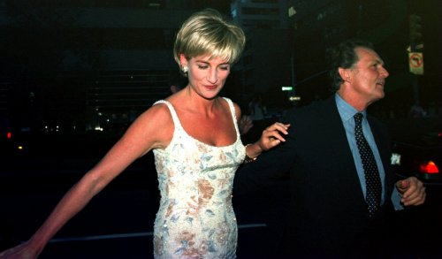 Diana's sister testifies at inquest