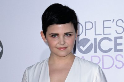Ginnifer Goodwin debuts pastel hair at San Diego Comic-Con