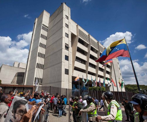 Venezuela high court voids parliament vote to oust Maduro, hold elections