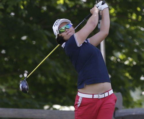 Katherine Kirk claims lead while Sei Young Kim struggles in LPGA Classic