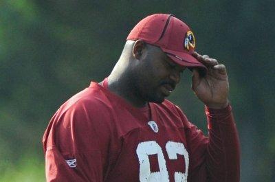 Former NFL defensive tackle Albert Haynesworth alleges ex-girlfriend abused him