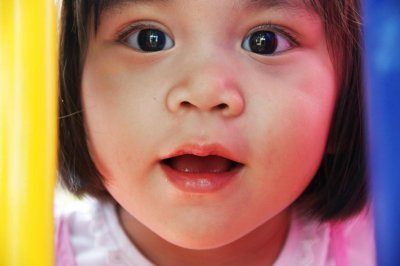 U.S. parents have trouble finding quality childcare, survey says