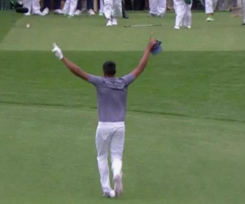 Finau hits hole-in-one at Masters Par 3 Contest, dislocates ankle
