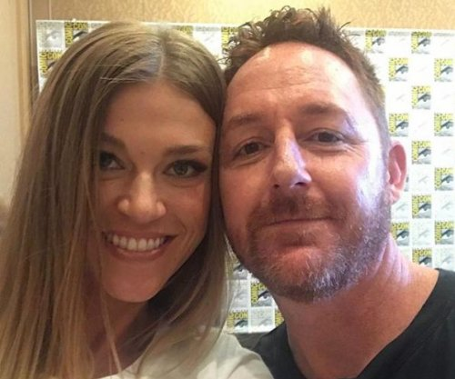 'The Orville' co-stars Adrianne Palicki, Scott Grimes to divorce