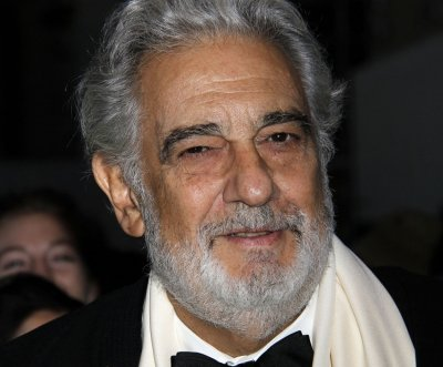 Artists' union: Plácido Domingo made 'inappropriate' sexual advances