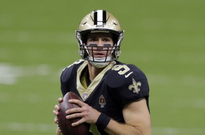 New Orleans Saints' Drew Brees limited in practice for second straight day