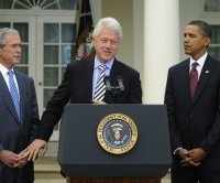 Clinton, Bush, Obama volunteer to publicly receive COVID-19 vaccine