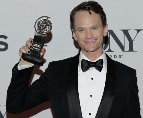 Neil Patrick Harris appears in first 2015 Oscars promo