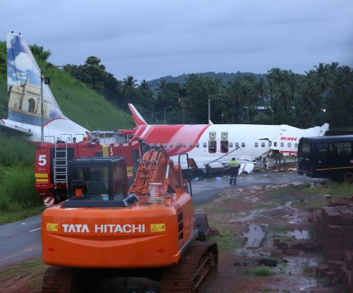 India Air crash: Aviation experts warned of dangers of tabletop runway