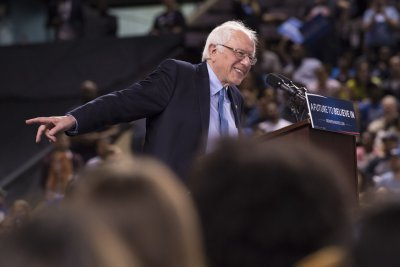 Sanders' fundraising letter: Nominating Clinton is courting 'disaster'