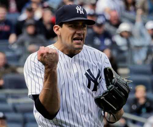 Tampa Bay Rays sign injured RHP Nathan Eovaldi