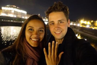 Jessica Lucas of 'Gotham' engaged to Alex Jermasek