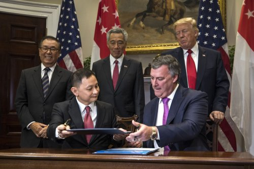 Watch live: Trump meets with Singapore PM Lee at White House