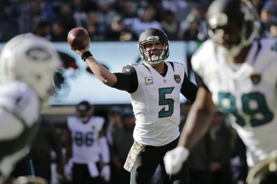 Jacksonville Jaguars jolt Houston Texans, clinch first playoff berth in 10 years