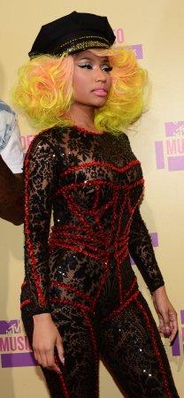 Report: Carey and Minaj warring on 'Idol'