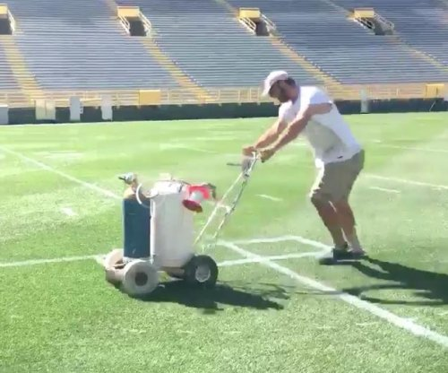 Green Bay Packers will take care with Lambeau Field paint job