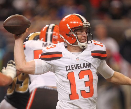 Cleveland Browns release QB Josh McCown, CB Tramon Williams