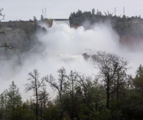 California asks Trump for help with Oroville Dam spillway