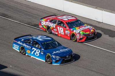 NASCAR playoff notebook: No favorite? Just ask Martin Truex or Kyle Busch