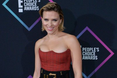 Scarlett Johansson says she was 'pursued dangerously' by paparazzi