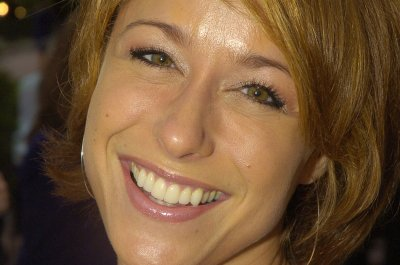 'Trading Spaces' stars reunite for video chat