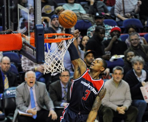 Wall leads Wizards over Lakers