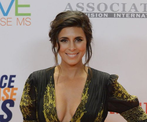 'Sopranos' alum Jamie-Lynn Sigler expecting second son