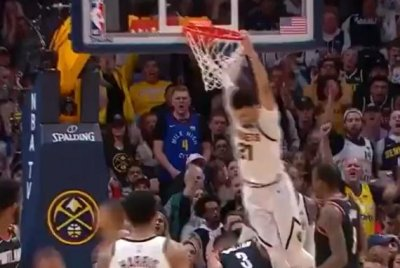 Denver Nuggets' Jamal Murray throws down thunderous putback dunk