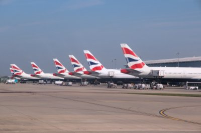British Airways, Lufthansa suspend flights to Cairo