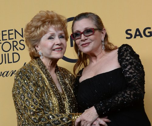 Report: Carrie Fisher died of cardiac arrest, Debbie Reynolds of stroke