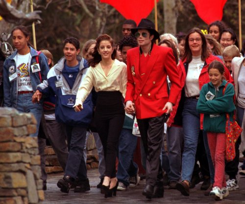 Michael Jackson's Neverland Ranch back on the market for lower price