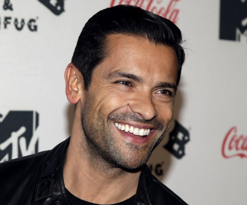 Mark Consuelos to play Veronica's dad on 'Riverdale'