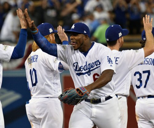 NLCS: Los Angeles Dodgers strike first in NLCS, win 5-2 vs. Chicago Cubs