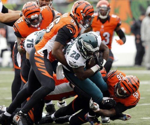 Carlos Dunlap's big defensive play leads Cincinnati Bengals past Indianapolis Colts