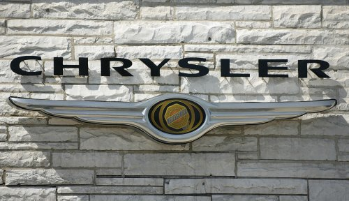 Chrysler wins over a key executive