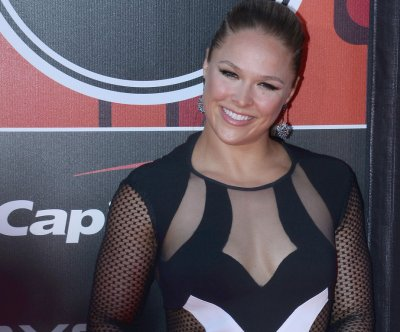 Ronda Rousey drops Bethe Correia in 34 seconds