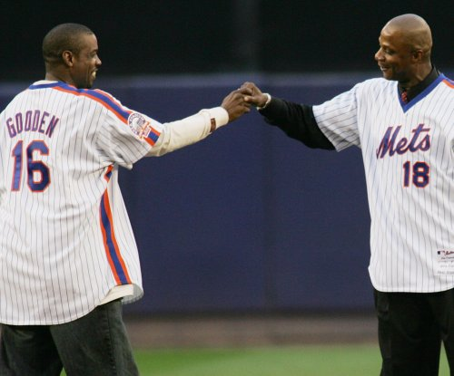 Darryl Strawberry: Dwight Gooden needs help to kick cocaine