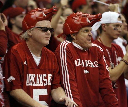 Texas A&M vs. Arkansas prediction, preview, pick to win: SEC football