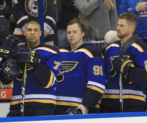Nino Niederreiter, Devan Dubnyk pace Minnesota Wild in rout of St. Louis Blues