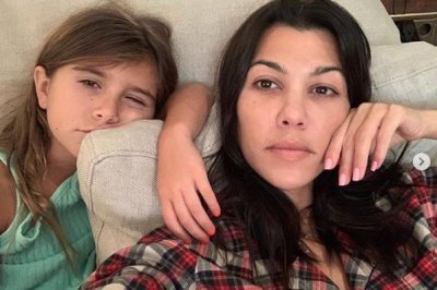 Kourtney Kardashian, daughter Penelope cozy up in new photos