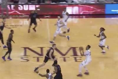 Holy buzzer-beater: New Mexico State heave sinks Grand Canyon