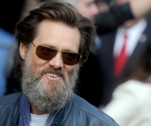 Jim Carrey's meta-comedy pilot ordered by Showtime