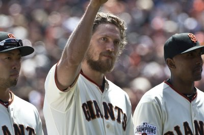 San Francisco Giants emphatically end Los Angeles Dodgers' perfect start