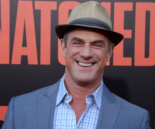 Christopher Meloni's 'Happy!' to debut on Syfy Nov. 29