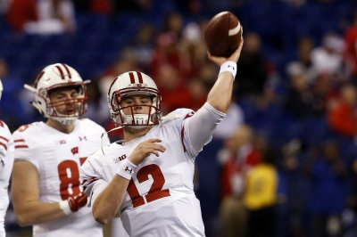 Wisconsin cruises to victory at BYU