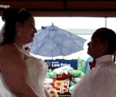 Pennsylvania couple marry in Walmart Garden Center
