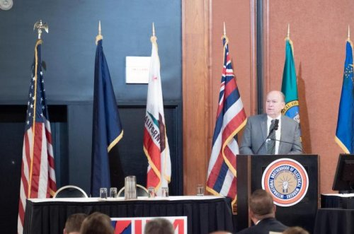 Alaska's governor to issue plea to avert trade war